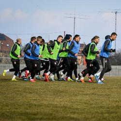 «Заря» готовится к матчу с «Мариуполем»